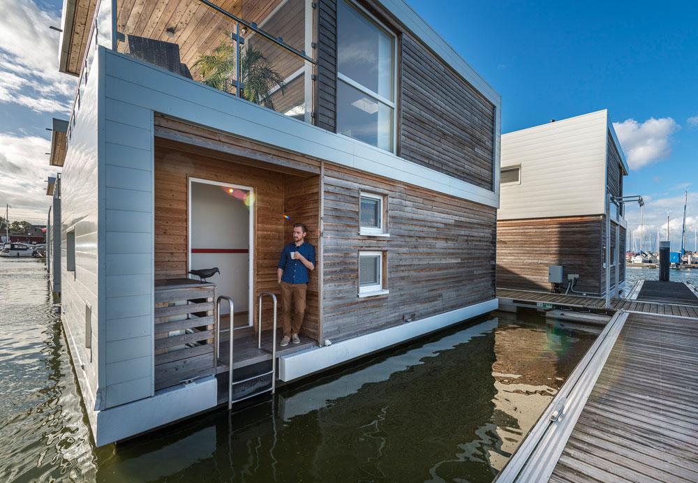 hausboote und schwimmende h user preise liegeplatz. Black Bedroom Furniture Sets. Home Design Ideas