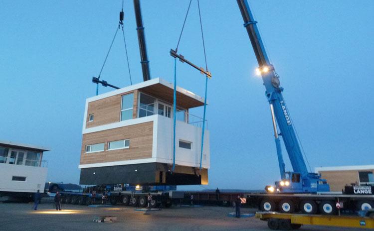 pressestimmen ber floating houses hausboote schwimmende. Black Bedroom Furniture Sets. Home Design Ideas